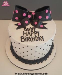 Strik zwart & wit taart